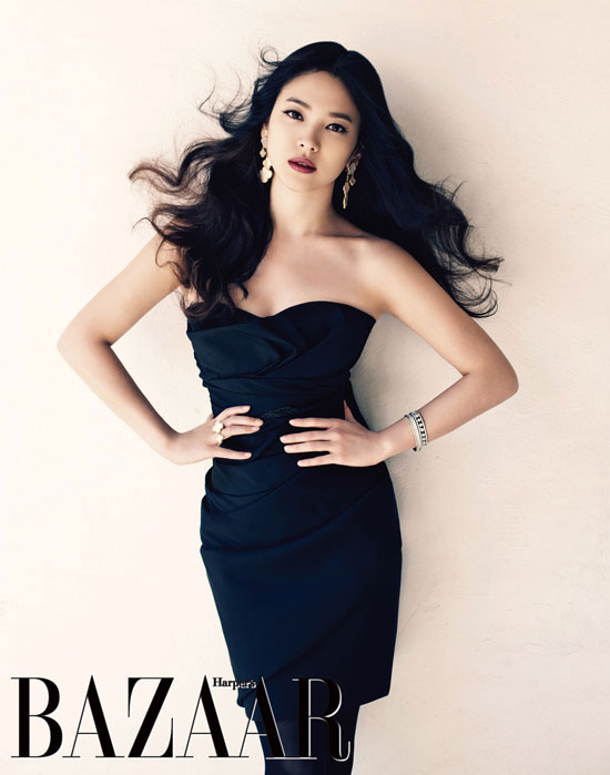 Song Hye Kyo Harpers Bazaar Dec 2010