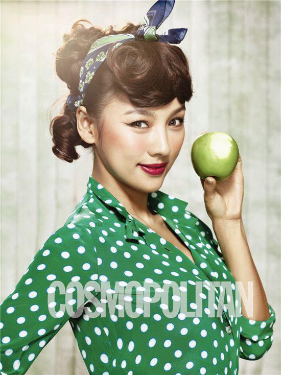 Lee Hyori Cosmopolitan Magazine 2011