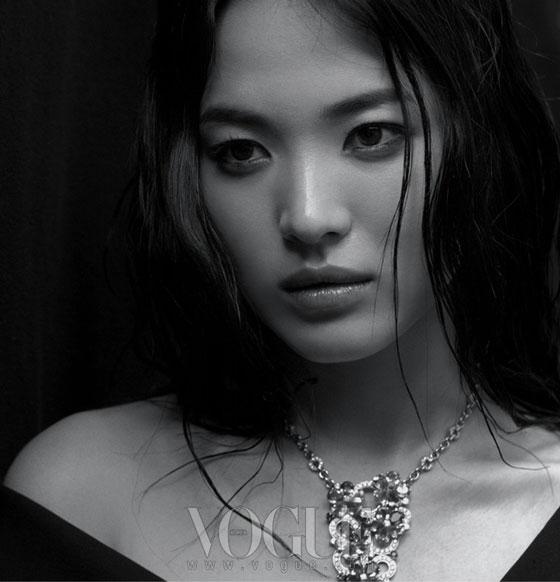 Song Hye Kyo The Vogue Way