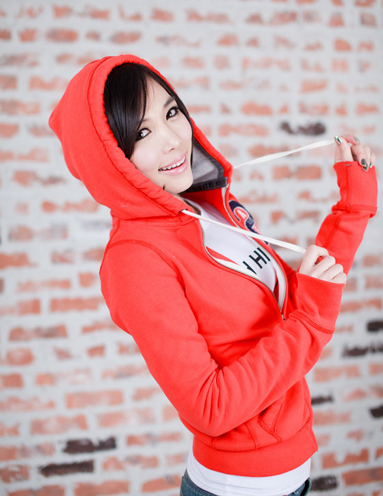 Model Kim In Ae in bright red hoodie and mini skirt » AsianCeleb