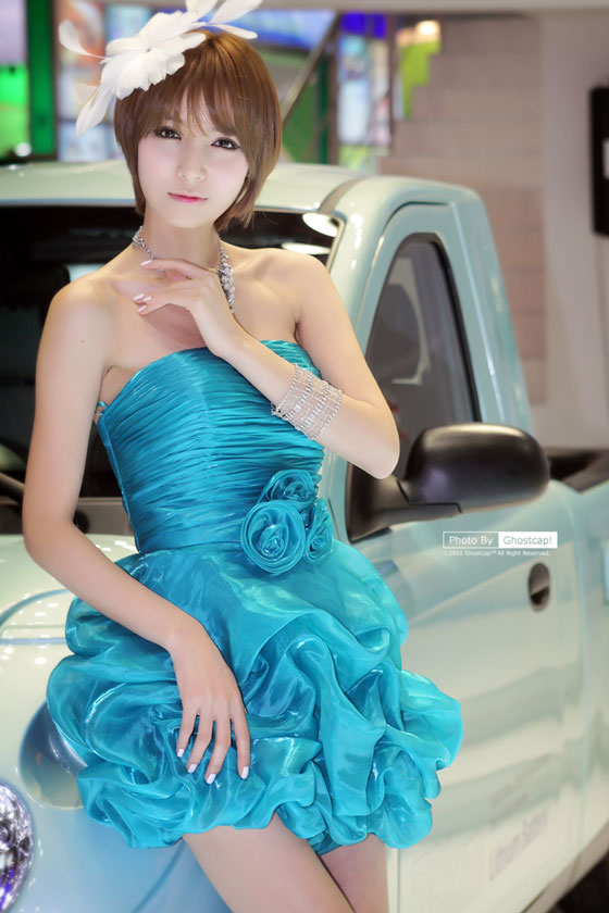Model Jang Jung Eun at Seoul Motor Show 2011 » AsianCeleb