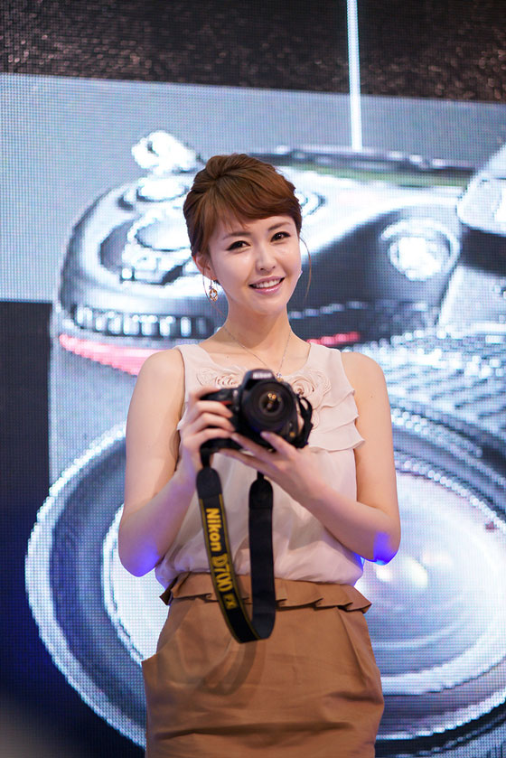 Model Kang Yui at Photo & Imaging 2011 » AsianCeleb