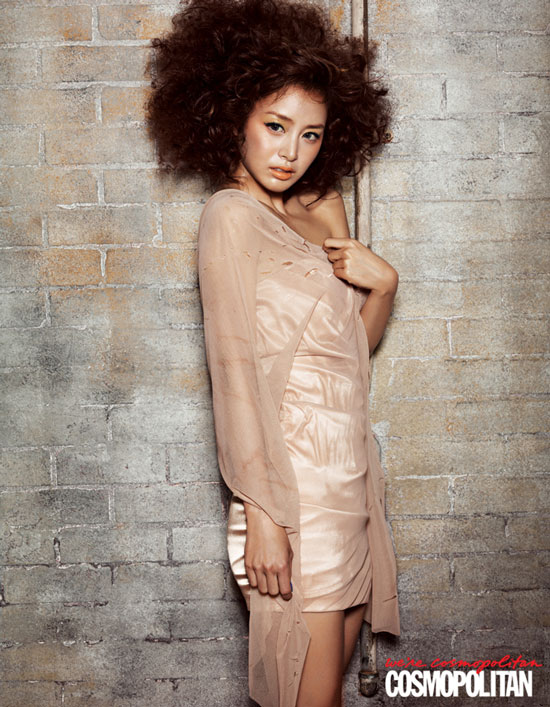 Actress Kim Tae Hee on Cosmopolitan Magazine » AsianCeleb