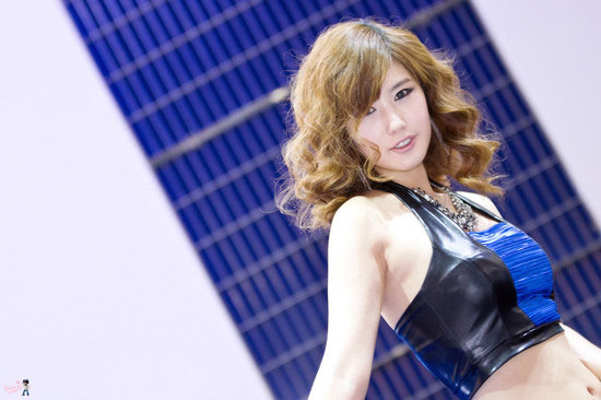 Model Song Jina at Seoul Motor Show 2011 » AsianCeleb