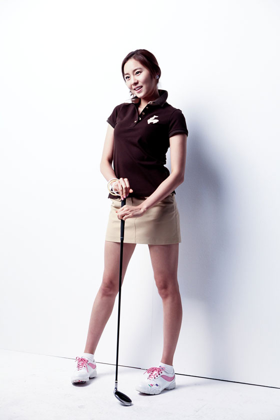 Actress-singer Uie Kim for Le Coq Sportif golf collection » AsianCeleb