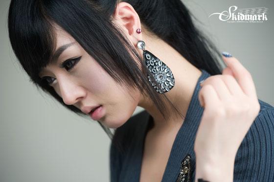 Korean model Hwang Mi Hee black stockings