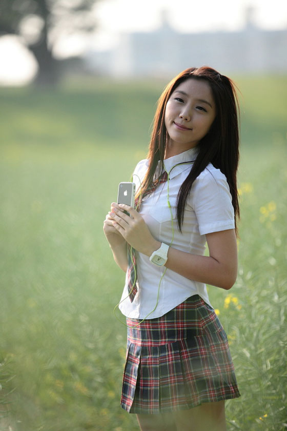 School girl Kim Ha Eum