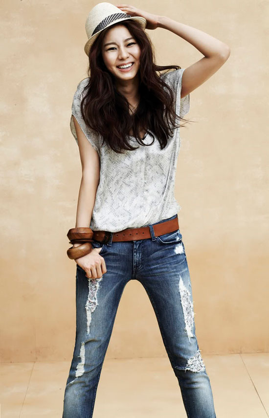 After School Uie 2010 Seven Jeans