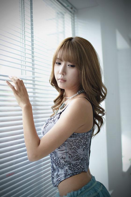 Model Heo Yoon Mi studio photoshoo » AsianCeleb