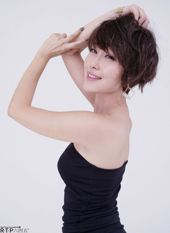 Korean Model Hwang In Ji in black Mini Dress » AsianCelebrity