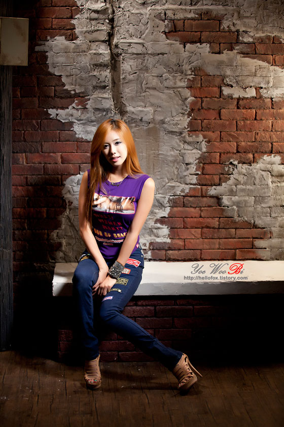 Model Kim Ha Yul studio photoshoot in purple T and jeans » AsianCeleb