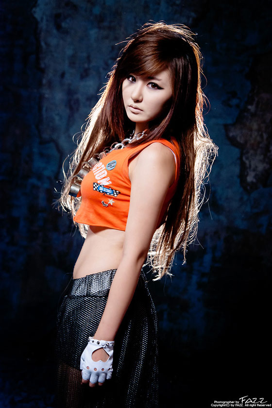 Model Ryu Ji Hye in hip hop (or reggae?) fashion » AsianCeleb