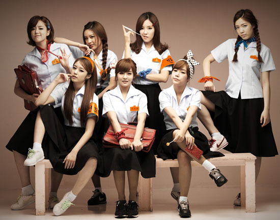 T-ara Roly Poly school girls