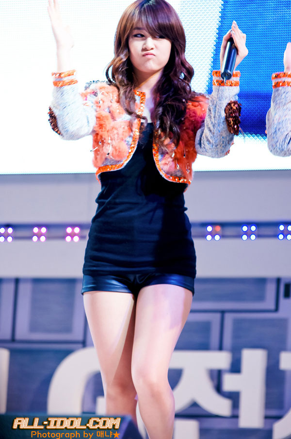 Cute Girl group T-ara member Park Ji Yeon at a LG event » AsianCeleb