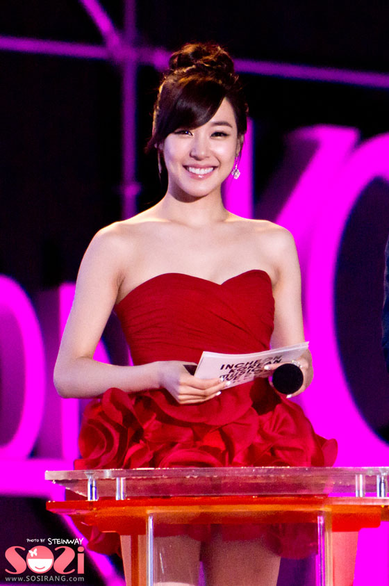 Pop group Girls' Generation SNSD Tiffany at Incheon Music Festival » AsianCeleb