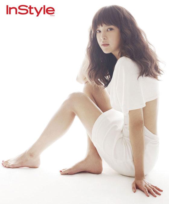 Park Si Yeon Instyle Magazine