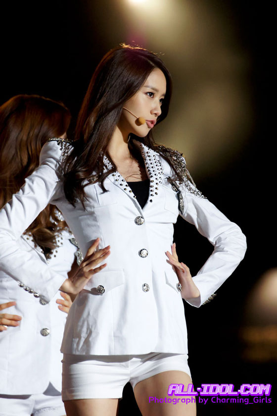 Pop group Girls' Generation at Hallyu Dream Concert » AsianCelebrity