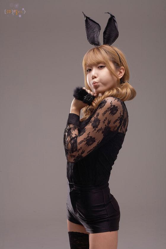 Cute Model Heo Yoon Mi in Sexy Bunny Costume » AsianCeleb