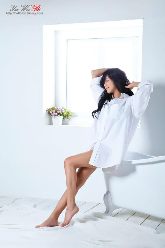 Kim Ha Yul sexy white shirt