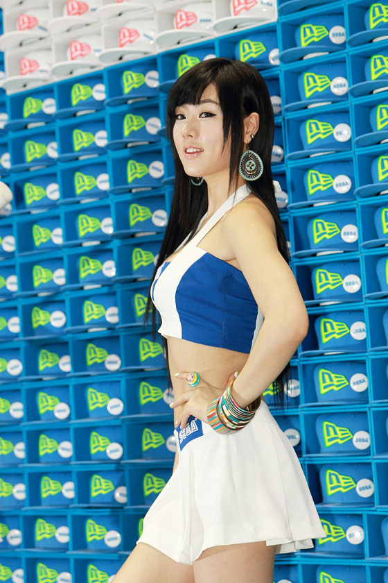 Racing model Hwang Mi Hee at Korean G-Star 2011 for Sega » AsianCeleb