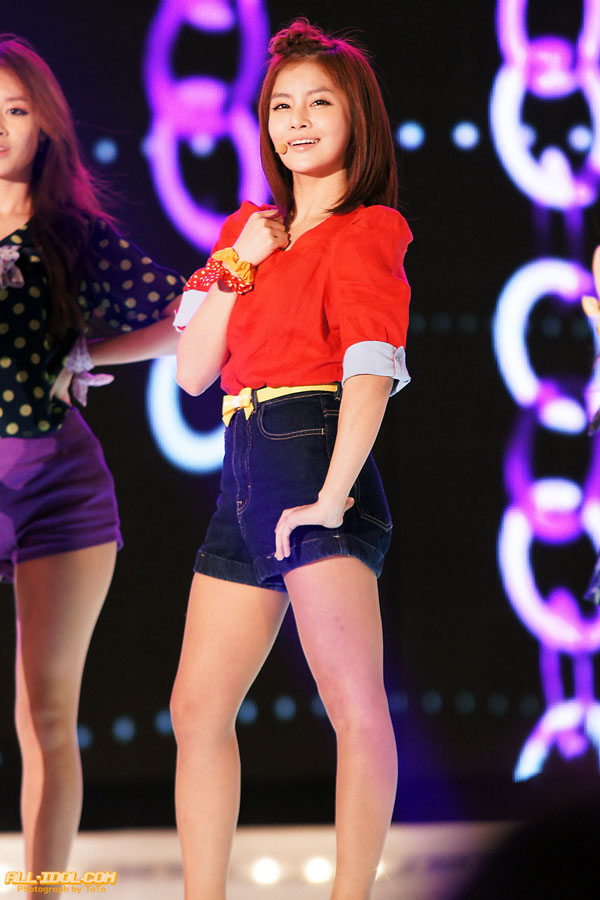 T-ara Busan Hallyu Performing at Beach Concert » AsianCeleb