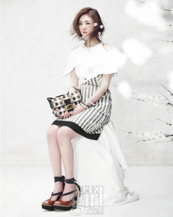 Lee Yeon Hee Korean Vogue Girl