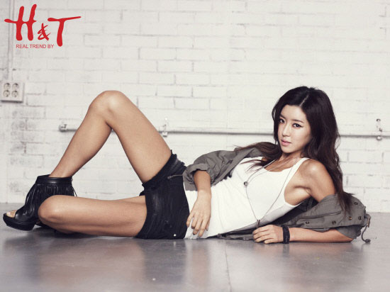 Park Han Byul H&T Fashion