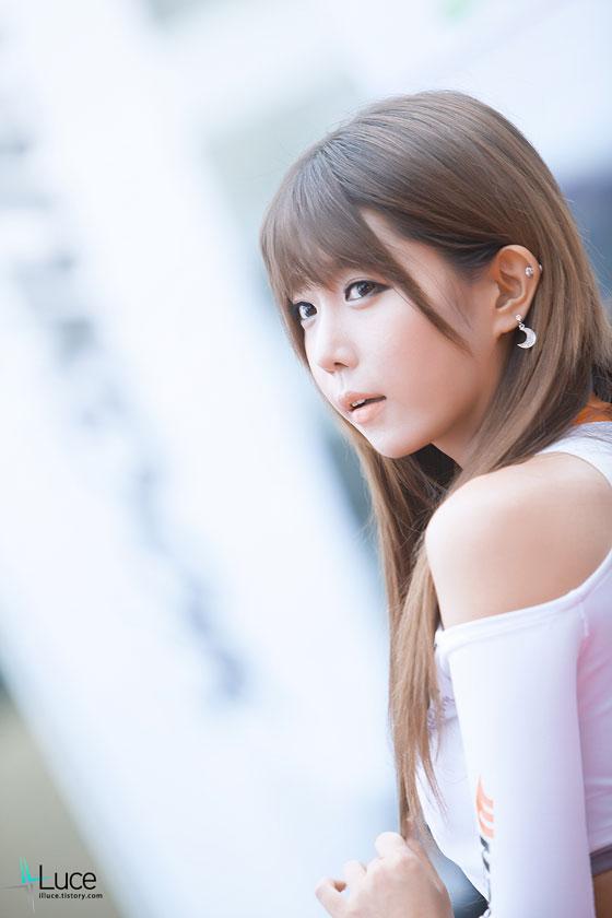 Heo Yoon Mi Hankook race queen