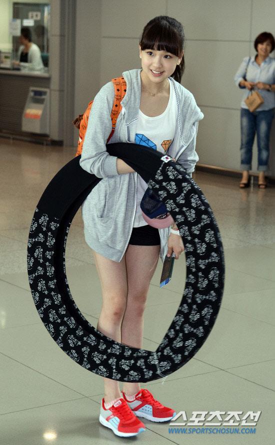 Korean gymnast Son Yeon Jae