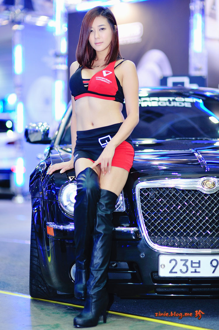 Kim Ha Yul Seoul Auto Salon 2012