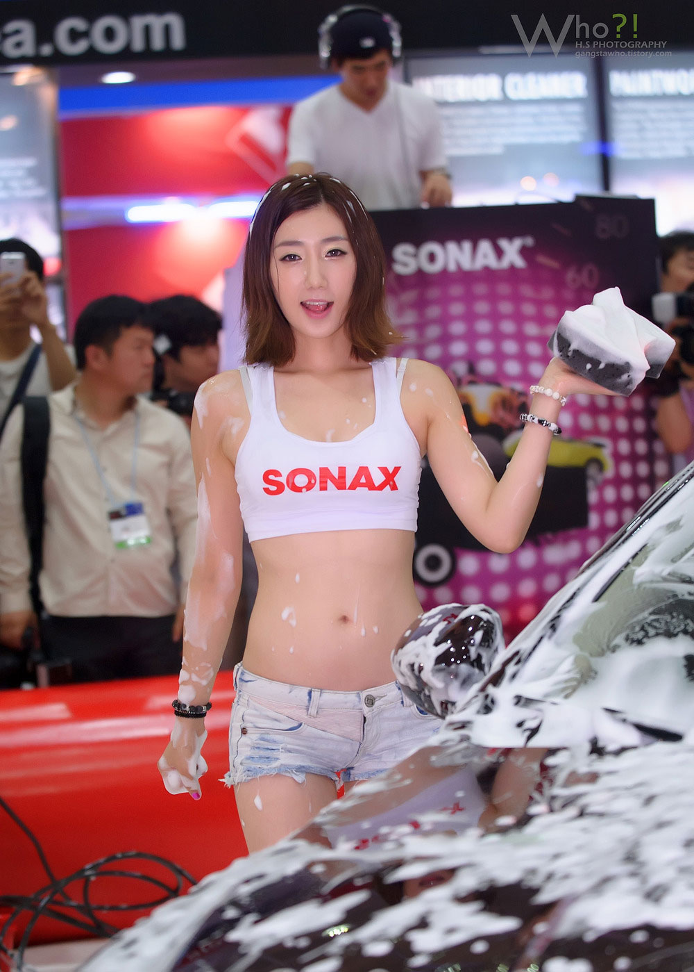 Lee Sung Hwa Seoul Auto Salon 2012