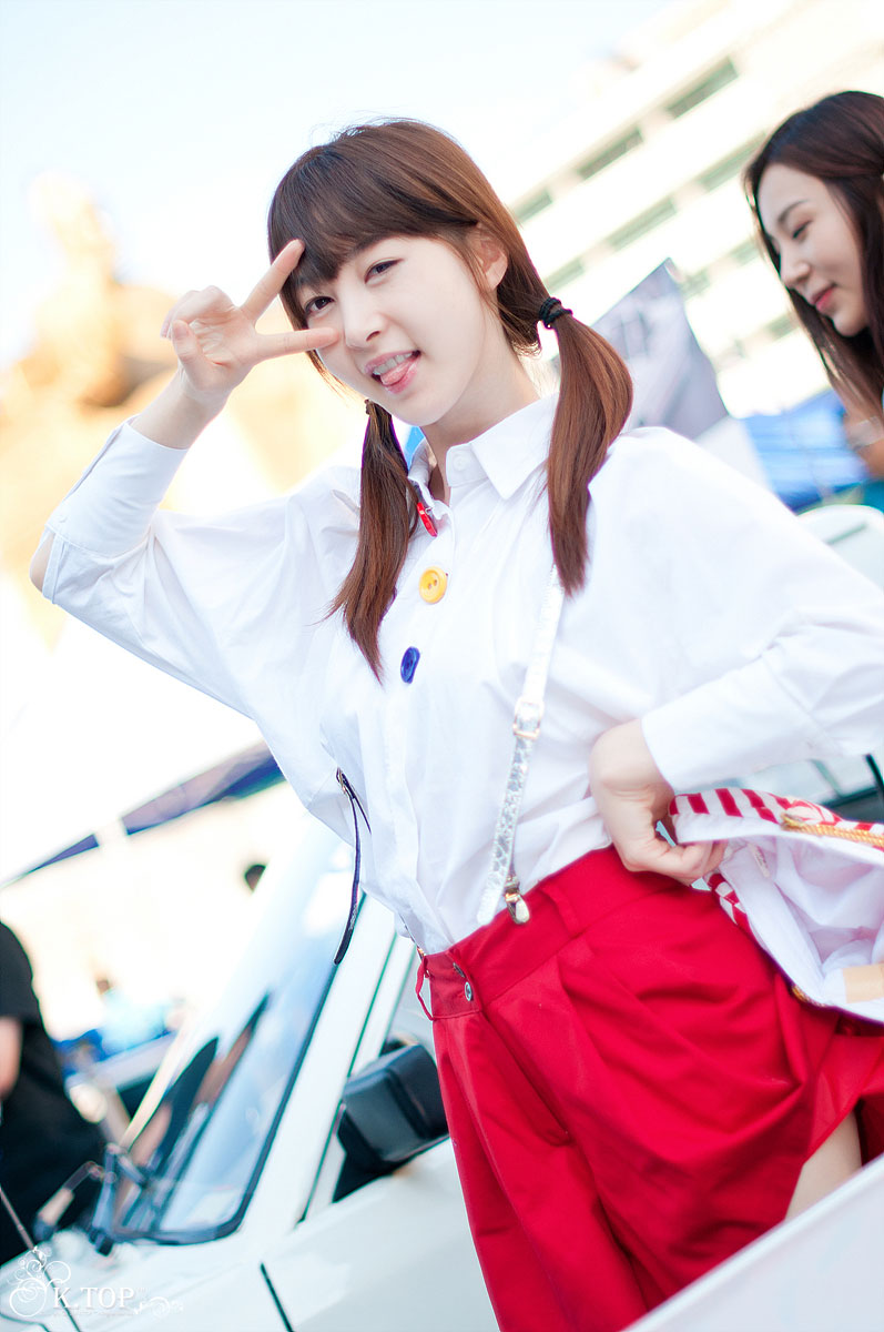 Lee Gana Gwanghwamun Car Show