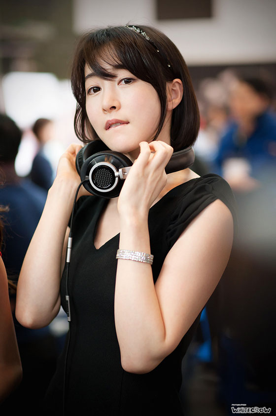 Lee Gana Korean Festival of Headphone and Mobile