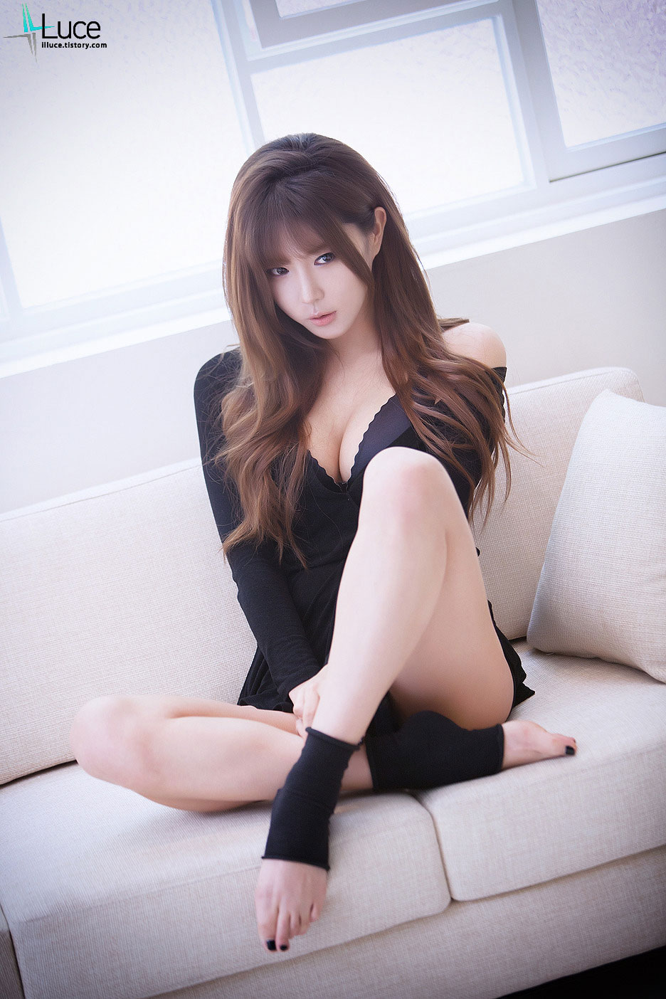 Amazing Korean model Heo Yun Mi