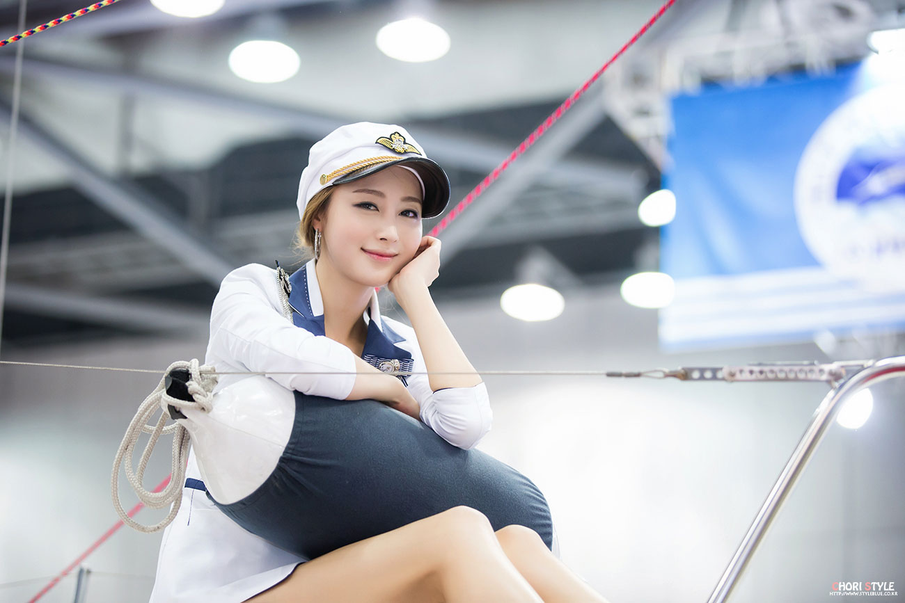 Eun Bin Korea International Boat Show 2013