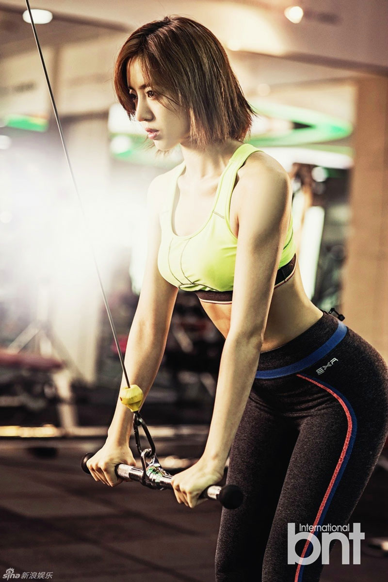 T-ara Eunjung getting fit in the gym