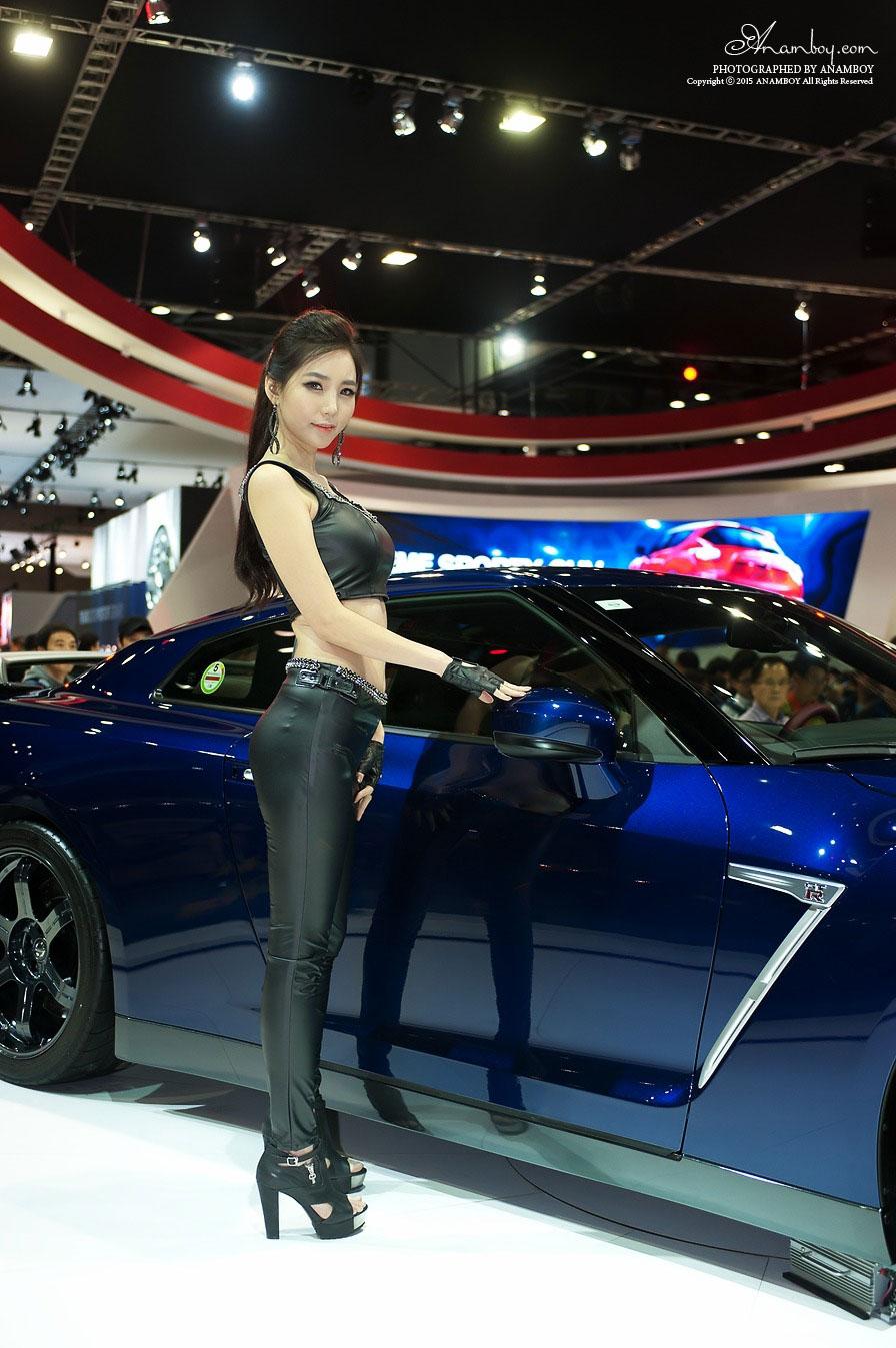Lee Ji Min Seoul Motor Show 2015 Nissan