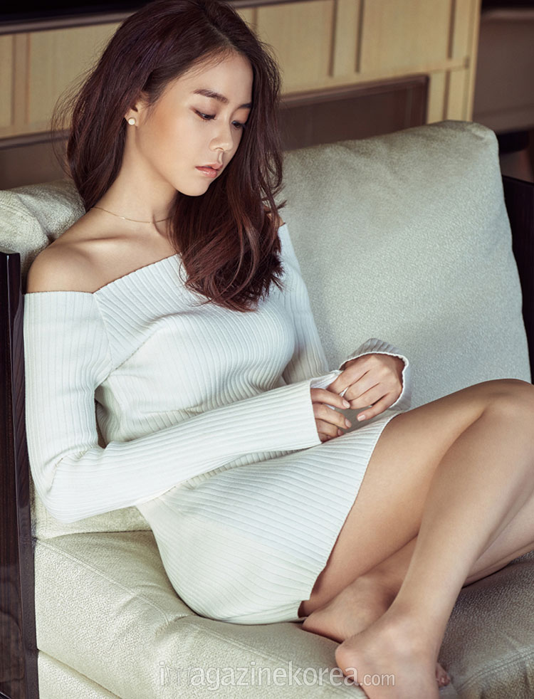 Han Seung Yeon Korean Esquire Magazine